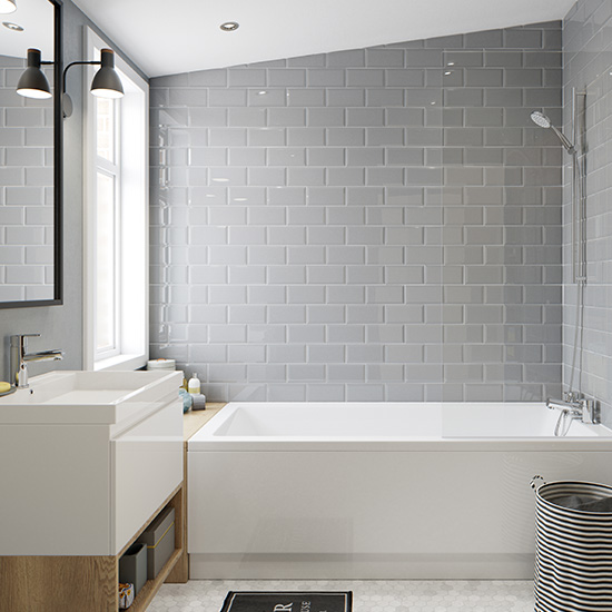 Lifestyle Photograph Featuring a Neutral Family Bathroom